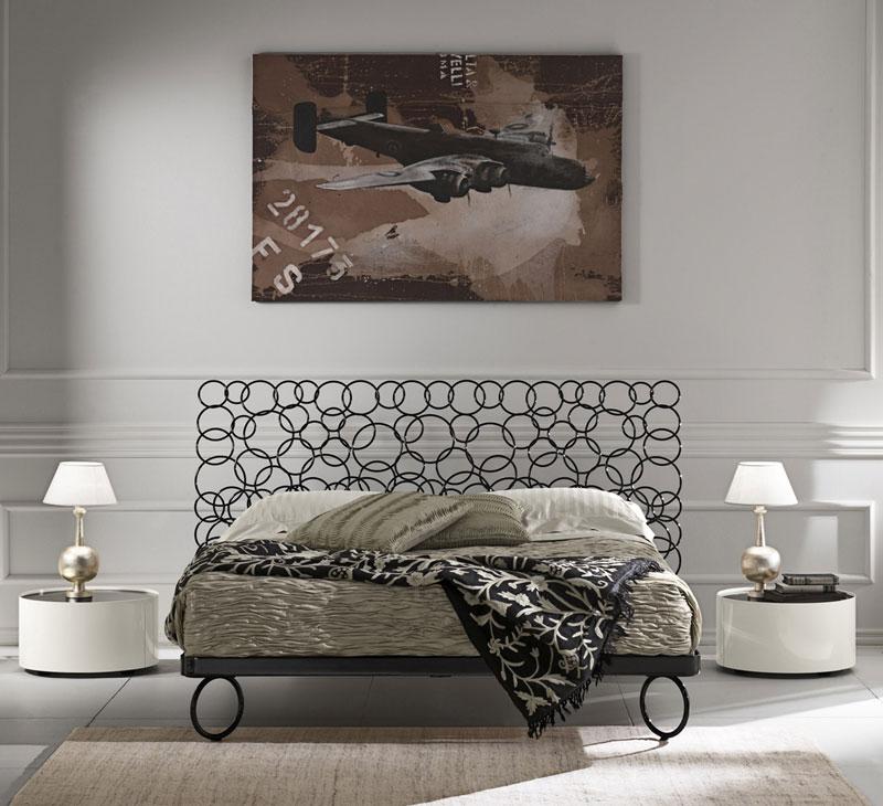 Letto in ferro pieno con testiera ad anelli per albergo idfdesign - Testiera letto design ...