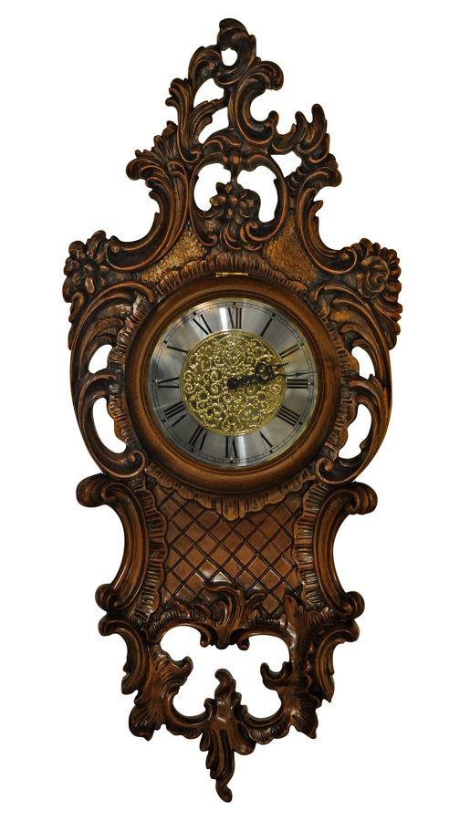 Orologio da parete in legno intagliato finitura noce for Orologio muro vintage