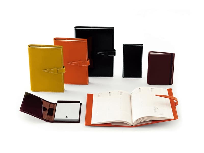 Accessori per l 39 ufficio come quaderni diari rivestiti in cuoio idfdesign - Accessori per ufficio design ...