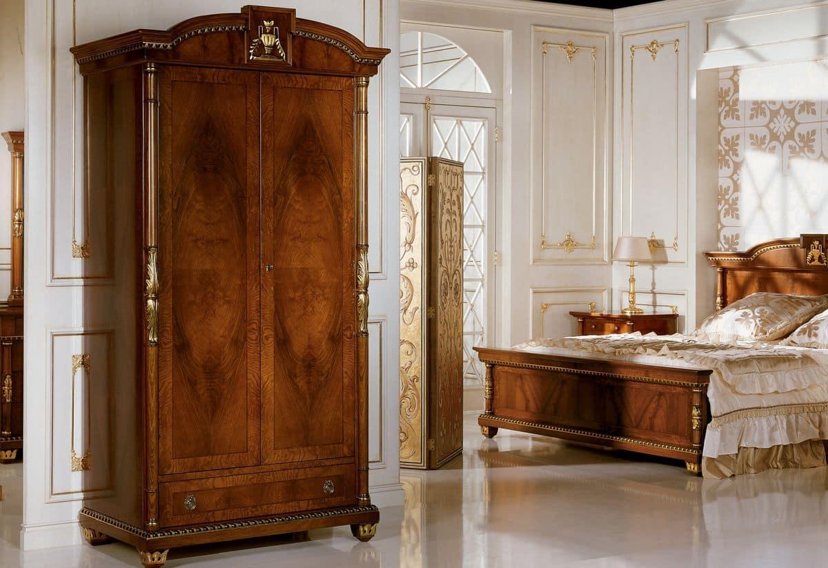 Maniglie mobili classici tutte le immagini per la - Armadi per bagno classici ...