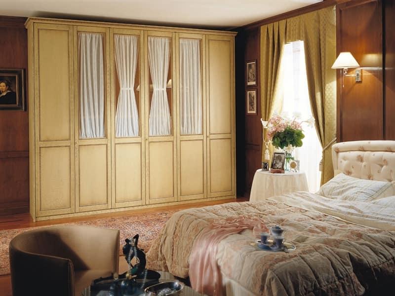Ampio armadio guardaroba sei ante battenti per camere da letto classiche idfdesign - Camere da letto classiche di lusso ...