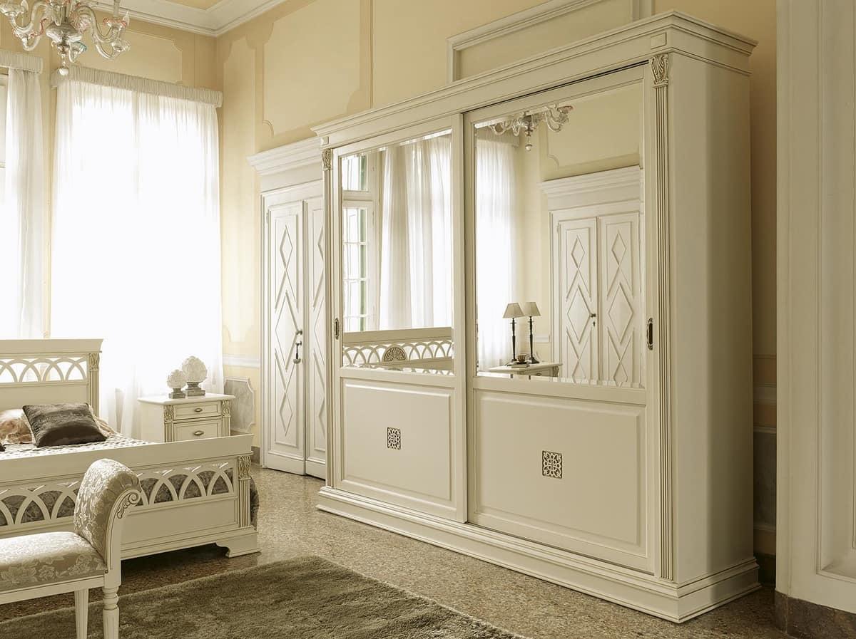 Porta classica con bugna ideale per alberghi e case for Armadi di design