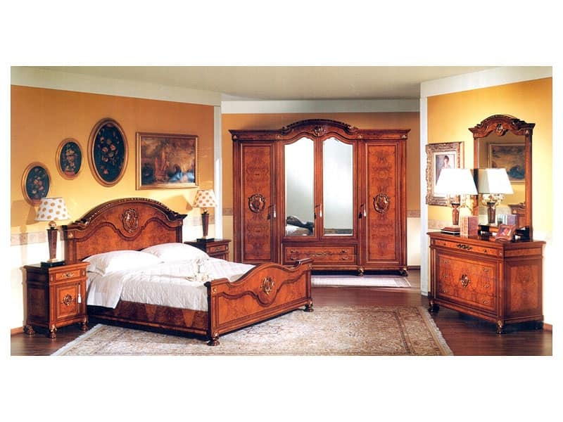 Armadio in legno con ante a specchio per camera da letto for Design di mobili in legno letto