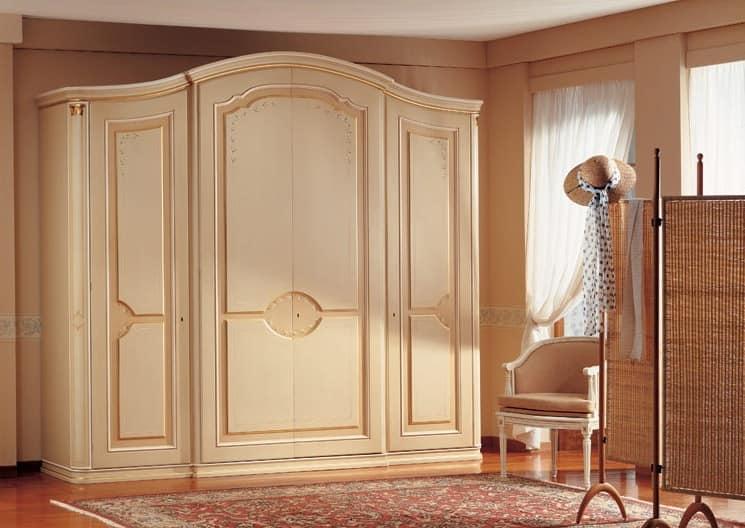 Armadio classico di lusso decorazioni realizzate a mano for Armadi di design