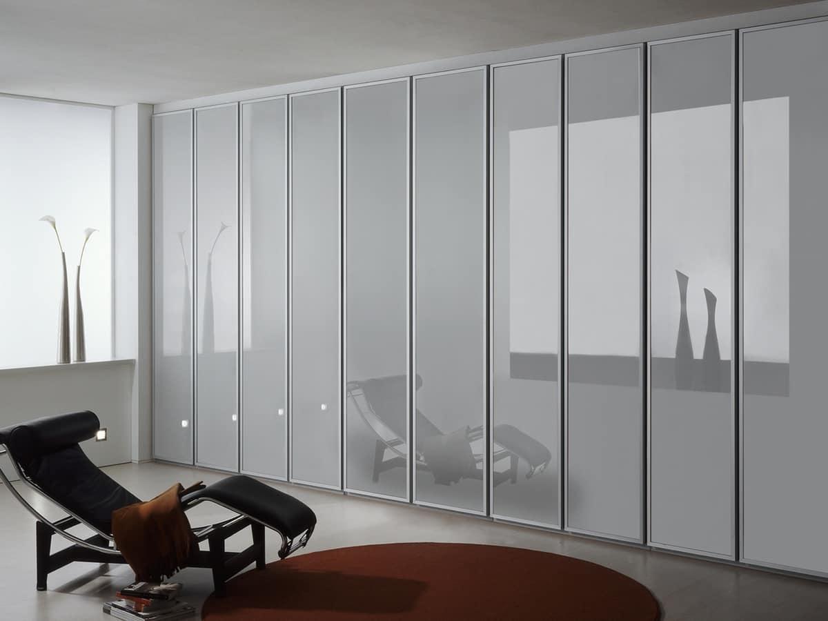 Armadio con ante in vetro opaco per la casa e l 39 ufficio for Armadi design moderno