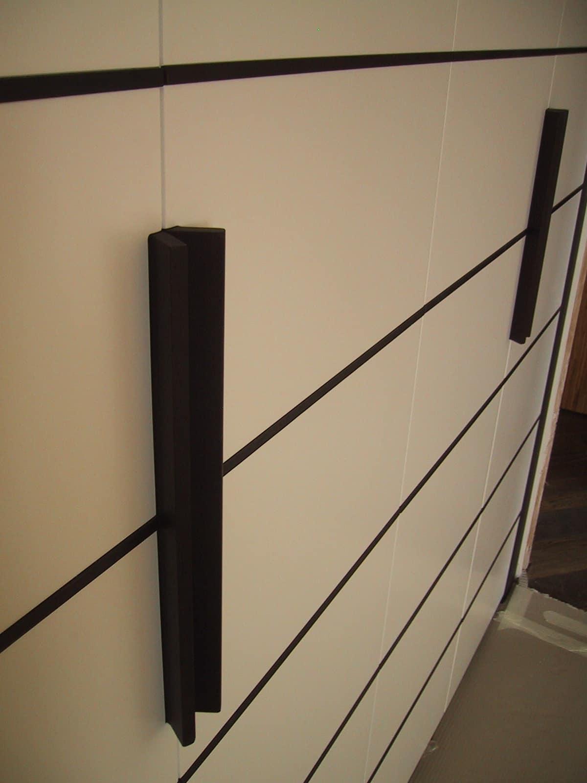 Armadio dall\'altezza insolita, oltre 4 metri, per camera da letto ...