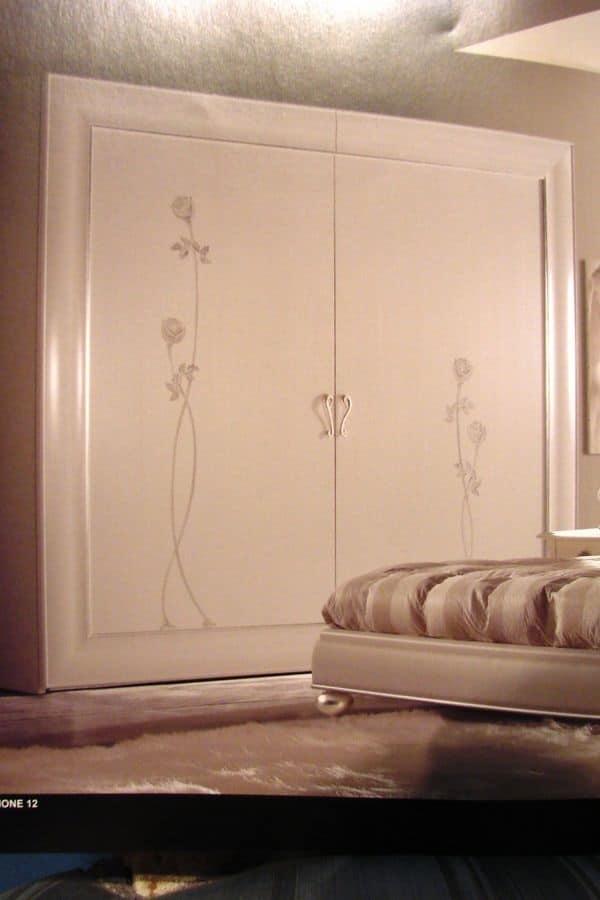 Armadio con porte scorrevoli per camere da letto idfdesign - Armadi da camera da letto ...