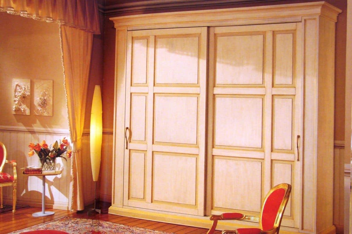 Armadio con porte scorrevoli laccato e patinato idfdesign - Armadio con porte scorrevoli ...