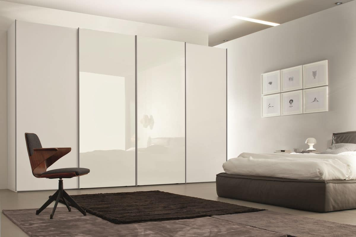 Armadio a porte scorrevoli per camere da letto moderne - Porte scorrevoli per cabine armadio prezzi ...