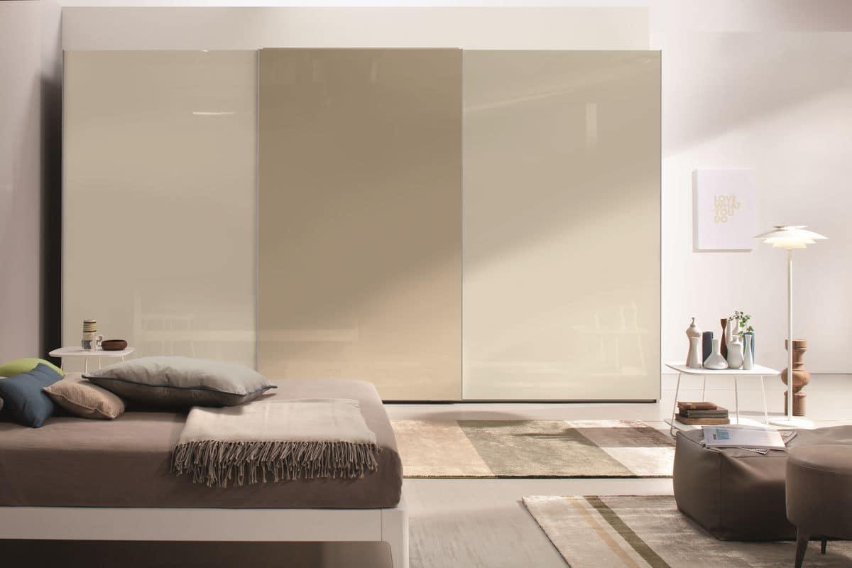 Armadio a porte scorrevoli per camere da letto moderne - Specchi moderni per camera da letto ...