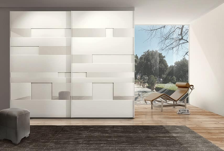 Armadio moderno con ante scorrevoli per albergo idfdesign for Mobili moderni camera da letto