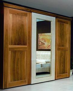 New '800 armadio, Armadio anta a specchio con decori in pelle