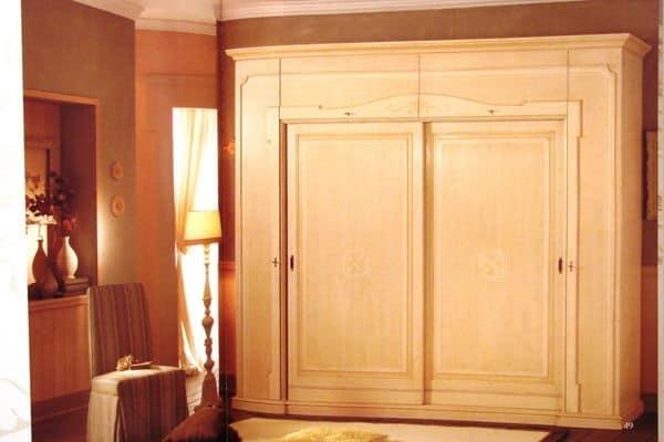 Guardaroba legno decorato armadi componibili armadio in for Galimberti case legno