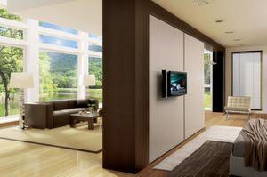 TV System armadio complanare, Armadio design con vano girevole per vetrina e tv