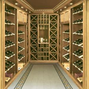 Immagine di Boiserie cantina vini, arredamento taverna