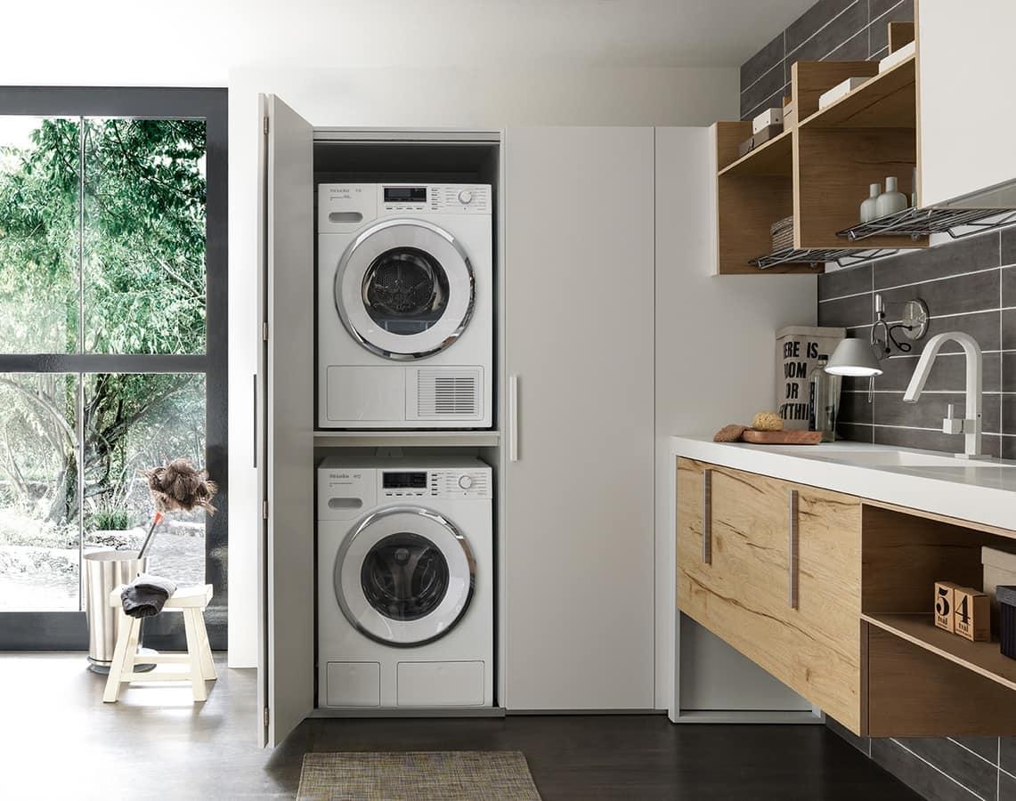 Armadio Lavanderia Stireria : Arredo per lavanderia con vano nascosto per lavatrice ed
