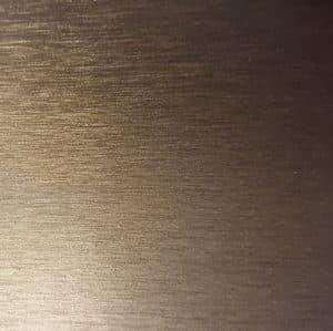 Satinato grigio materico, Arredamento in metallo su misura