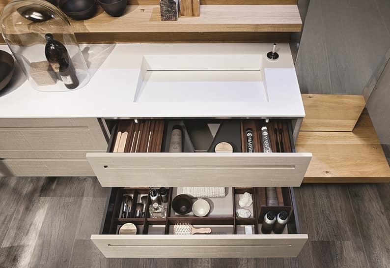 Composizione da bagno in legno di rovere con vasca idfdesign