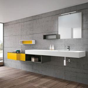 STR8 comp. 04, Arredo bagno con lavabo in Tecnoril