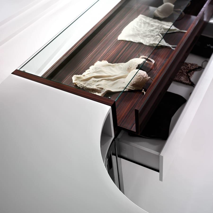 Mobili per negozio di intimo idfdesign for Negozi design