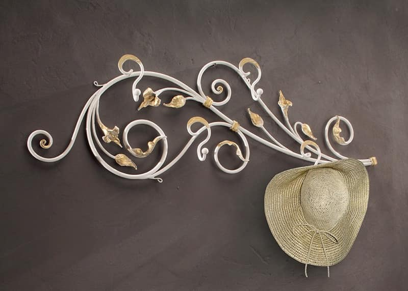 Attaccapanni da parete in ferro battuto decorato idfdesign - Portabiti da parete ...