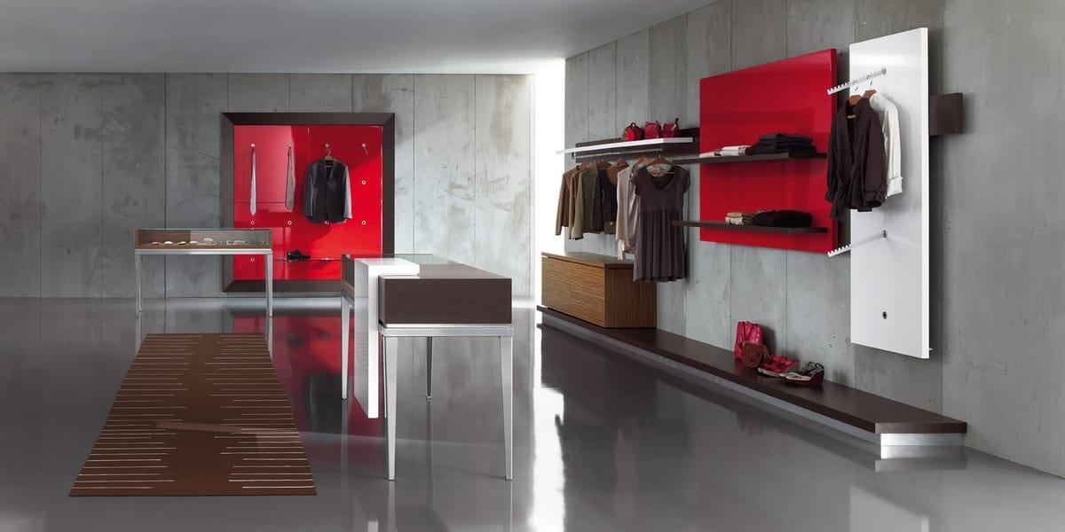 Banco cassa con vetrina per negozio abbigliamento idfdesign for Negozi per mobili