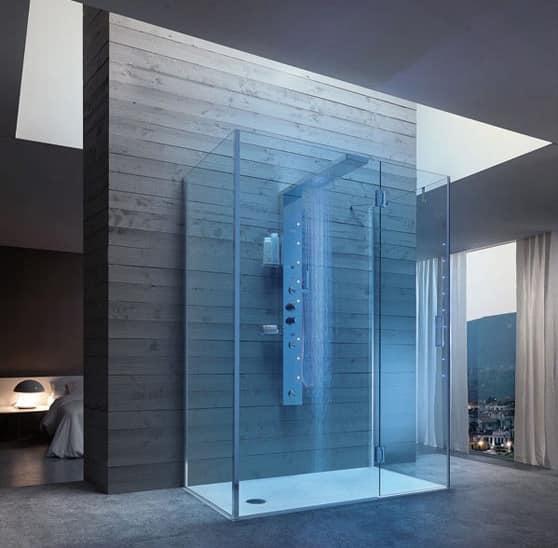 Bristol Box 7, Chiusura doccia con colonna in acciaio lucido, per resort