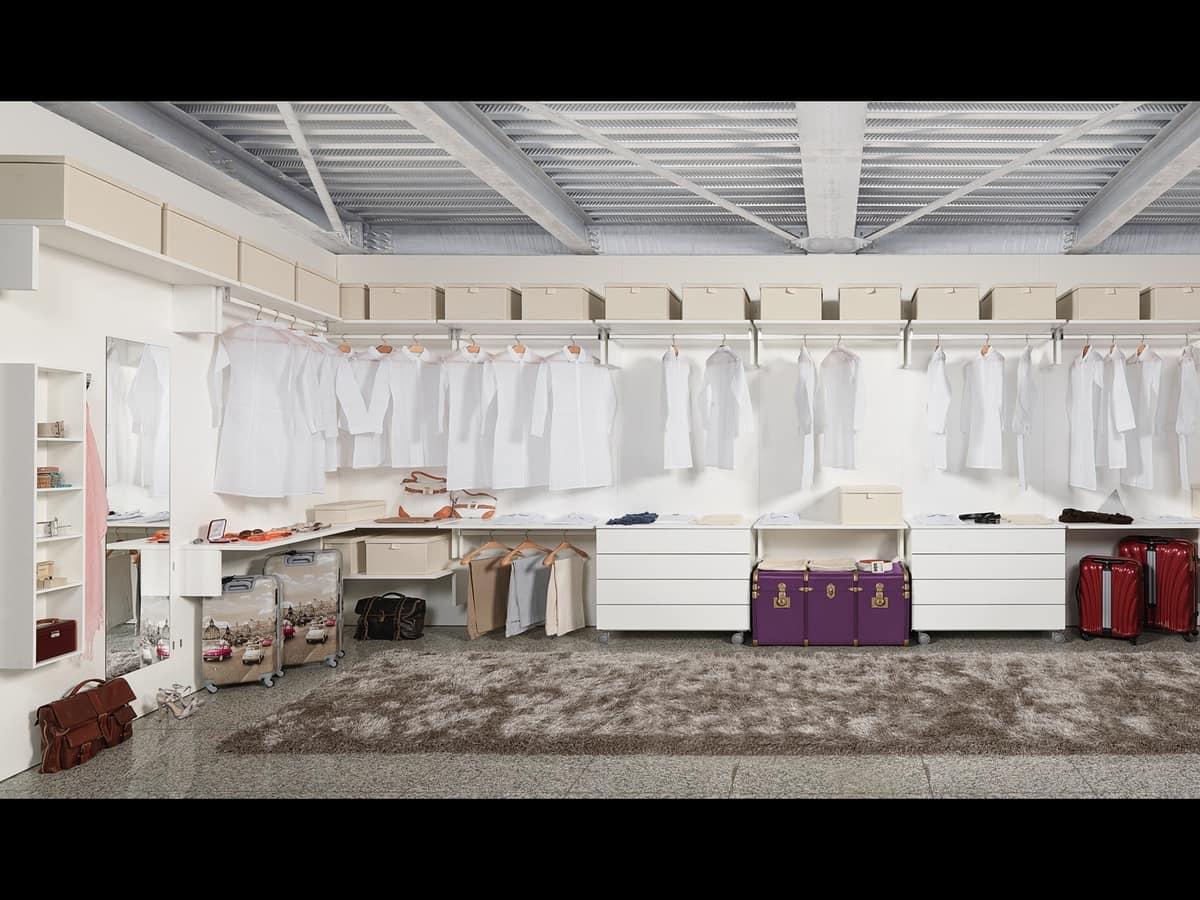 Cabina armadio elegante e funzionale per alberghi idfdesign for Design moderno della cabina