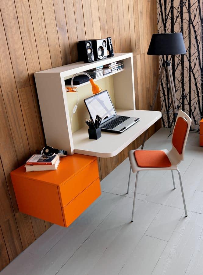 Cameretta per ragazzi con letto imbottito e scrivania - Scrivania ragazzi ...
