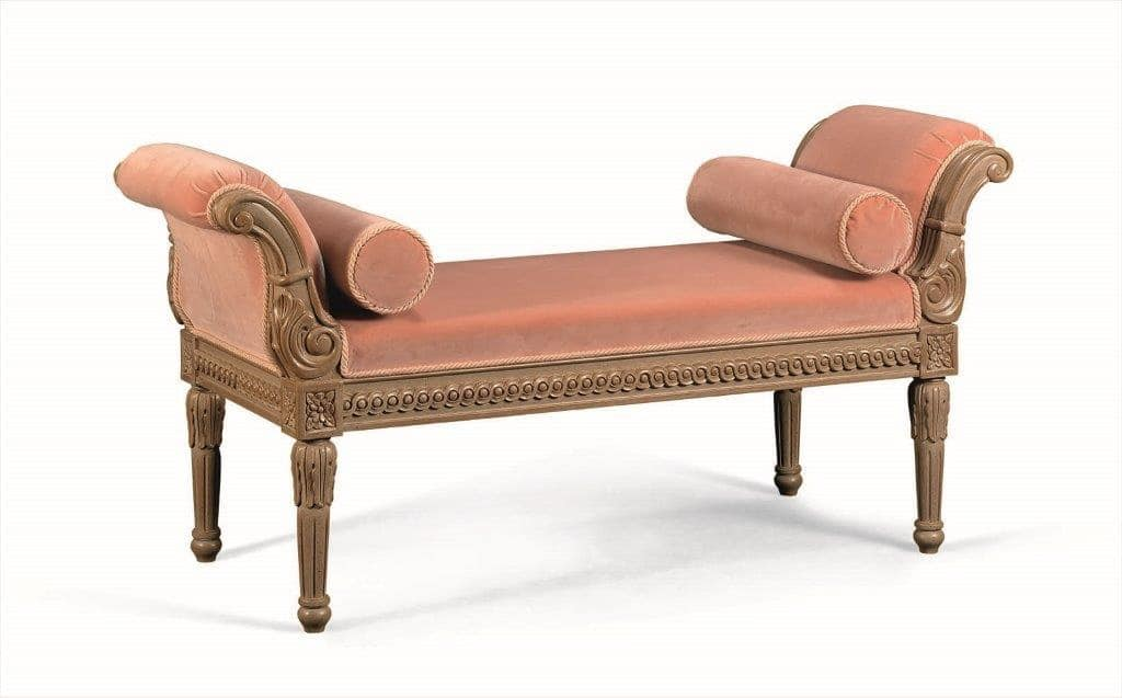 Art. 774, Chaise longue classica in legno massiccio intagliato