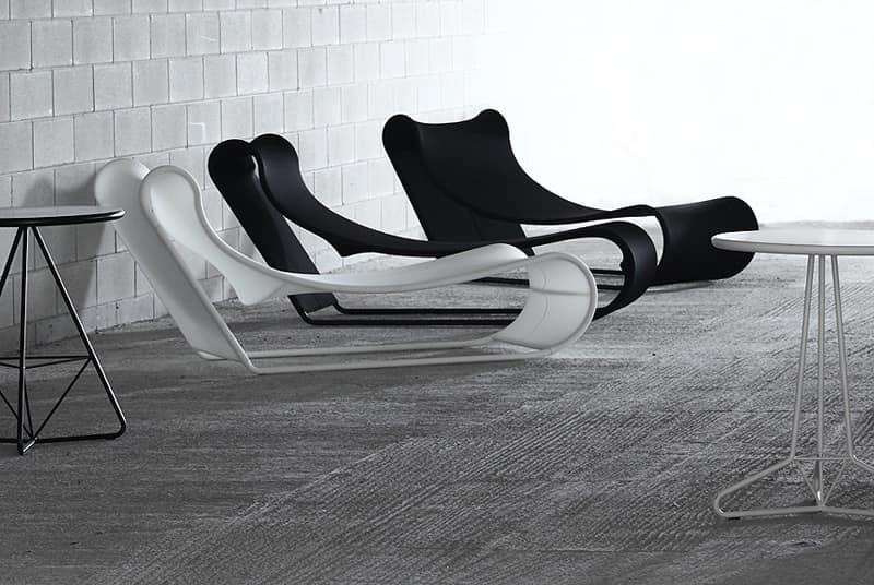Chaise longue da esterno in metallo e tessuto tecnico a - Chaise longue da esterno ...