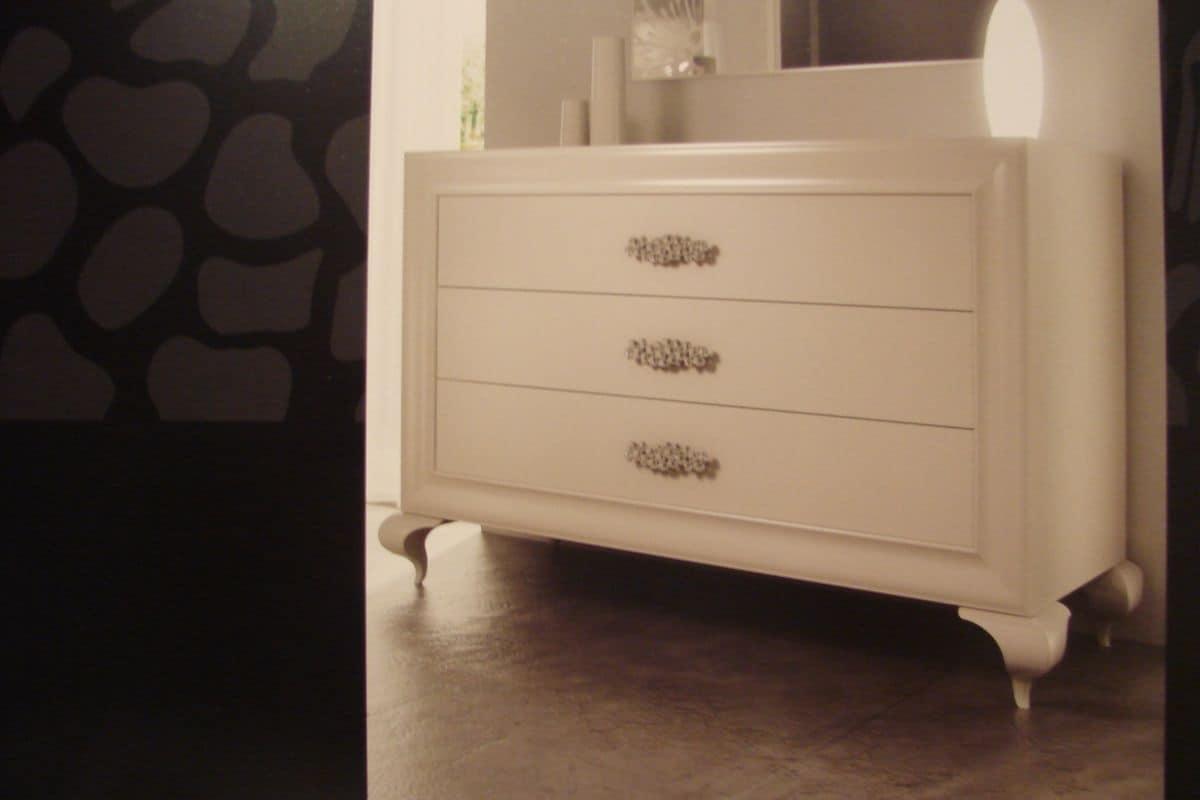 Cassettone laccato bianco per camere da letto di lusso for Mobili lussuosi