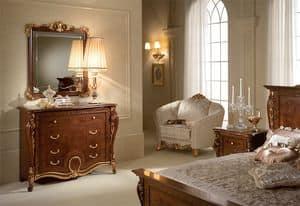 Donatello com�, Cassettiere in legno intagliato, stile lussuoso neoclassico, per la zona notte
