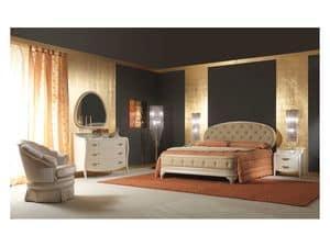 Art. 2010 Comodino, Comodino in legno laccato panna, per camere classiche