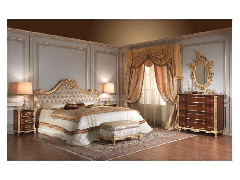 ... , Comodini in ciliegio, particolari foglia argento, per camere Hotel