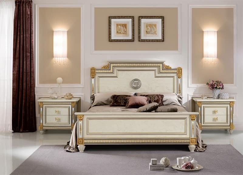 Comodino di lusso in legno stile classico per hotel e camere prestigiose idfdesign - Camere da letto stile liberty ...