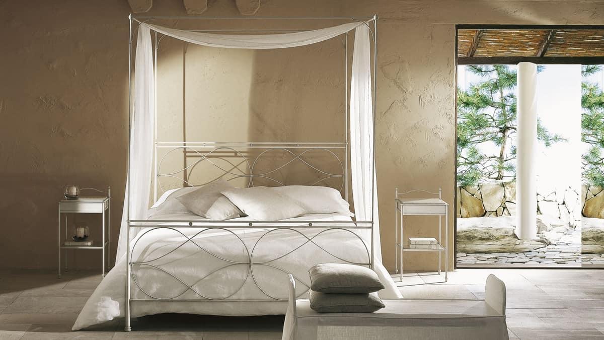 Comodino Moderno Lineare Narciso Cantori : Comodino in ferro con piani vetro per alberghi idfdesign