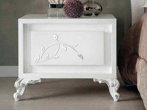 Camelia comodino, Comodino in legno laccato bianco