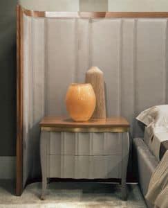 Ribot Art. 105.426, Comodino con cassetti rivestiti in nabuk e piano in noce