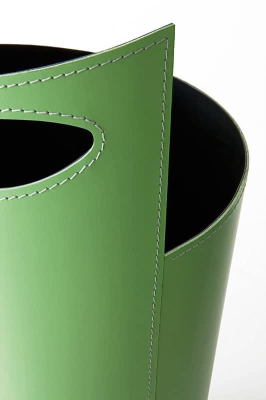 Portaombrelli in lamiera verniciata rivestita in cuoio for Ikea portaombrelli