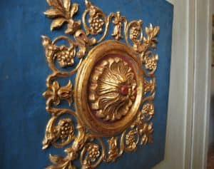 FREGIO ART. AC 0030, Pannello decorativo in gesso e cartapesta, laccato