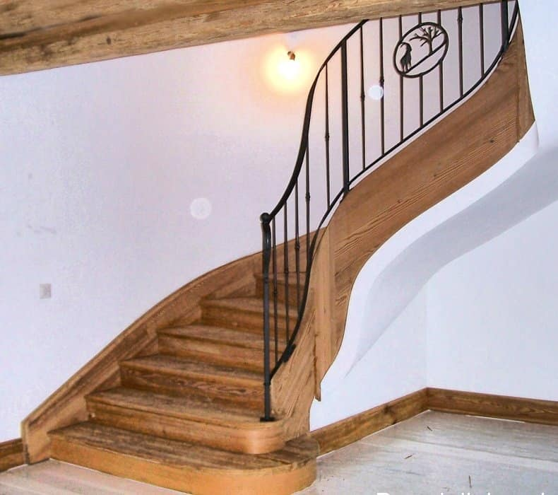 Moda scale rustiche in legno qo55 pineglen - Scale di legno per interni ...