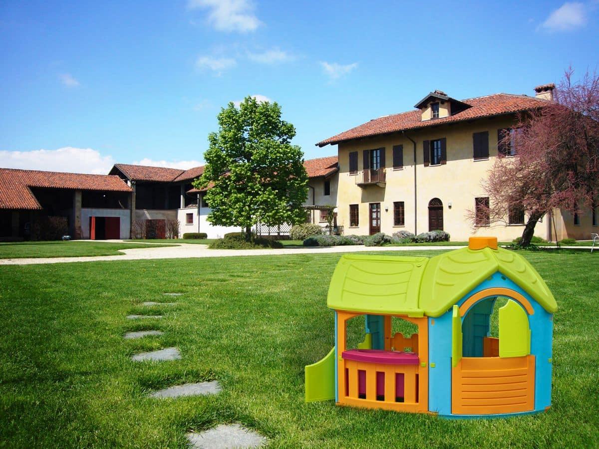 Casetta per bambini ideale per gli ambienti esterni for Casetta in plastica per bambini usata