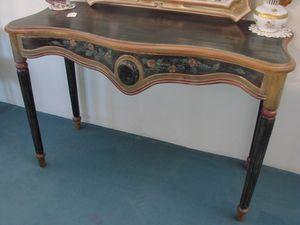 Art. 115, Consolle in legno decorato artigianalmente