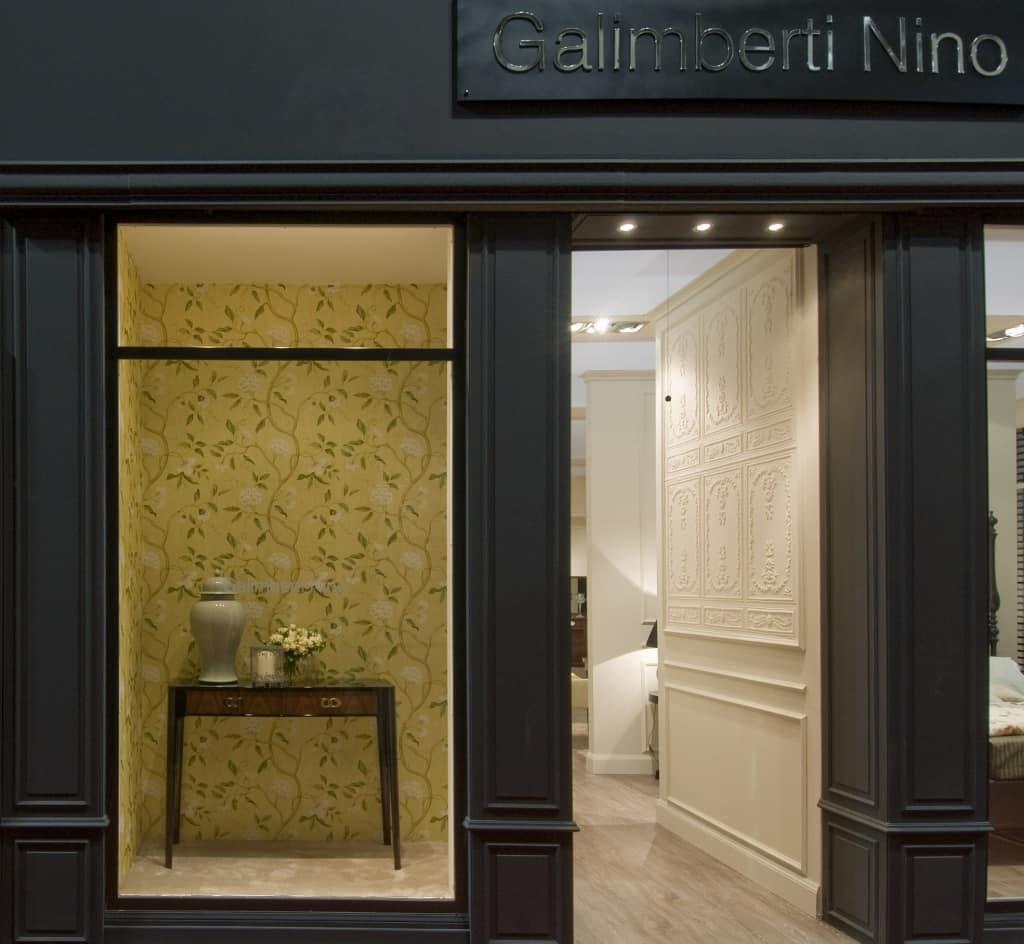 Consolle in legno laccato per alberghi classici idfdesign for Galimberti case legno