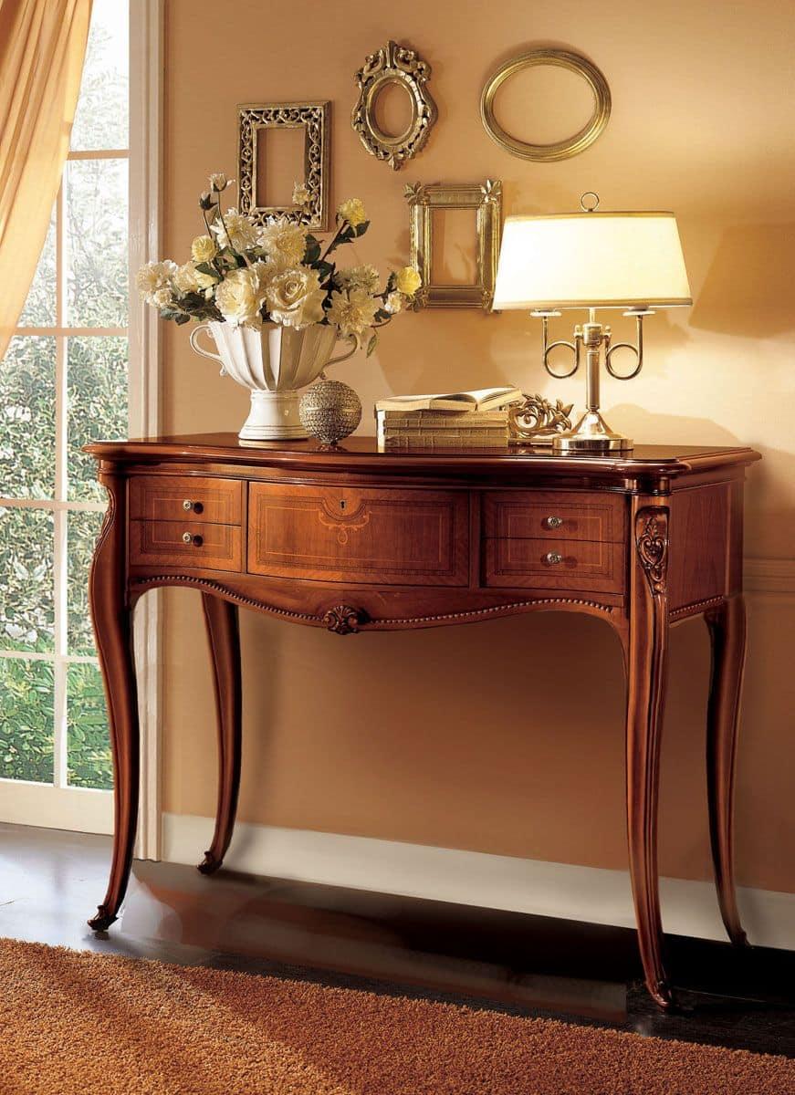 Consolle in legno ideale per ambienti classici di lusso idfdesign for Mobili classici per ingresso