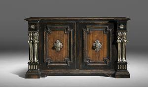 Art. 834/N credenza, Credenza decorata con pilastri intagliati