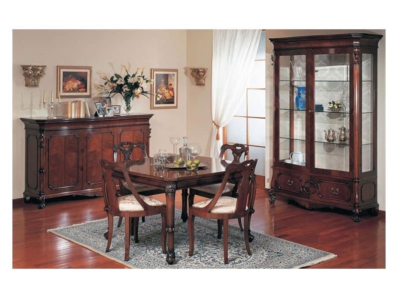 credenza classica di lusso in legno intagliato per