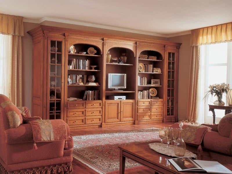Boiserie con credenza in legno stile classico idfdesign for Stile casa classica