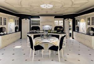Cucina di Lusso, Cucina in legno laccato, per sala da pranzo classica